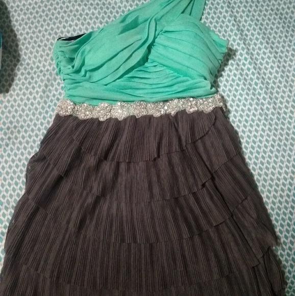 Jodi Kristopher Dresses & Skirts - Semiformal dress